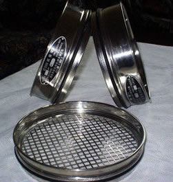 Metal mesh test sieves for soils, pharmaceutical materials and etc.